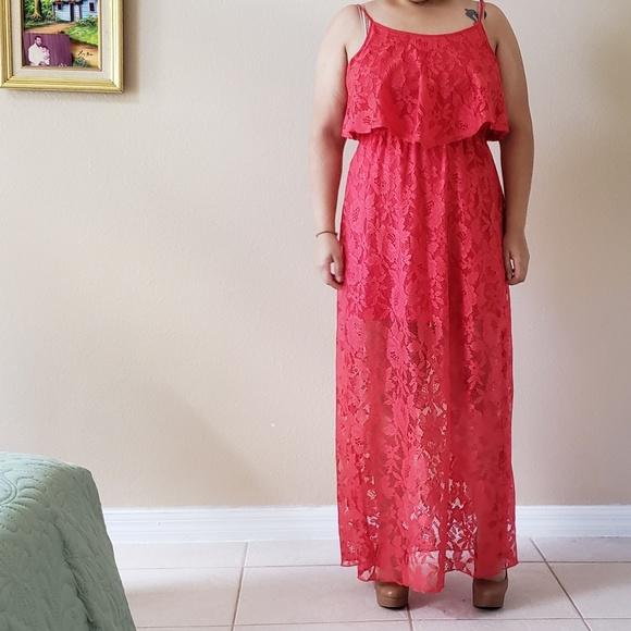 Dresses & Skirts - Coral lace maxi dress
